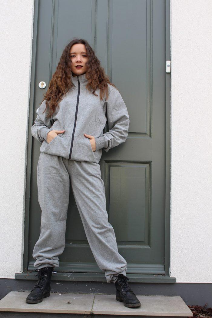 Sustainable street wear track suit, Light grey
