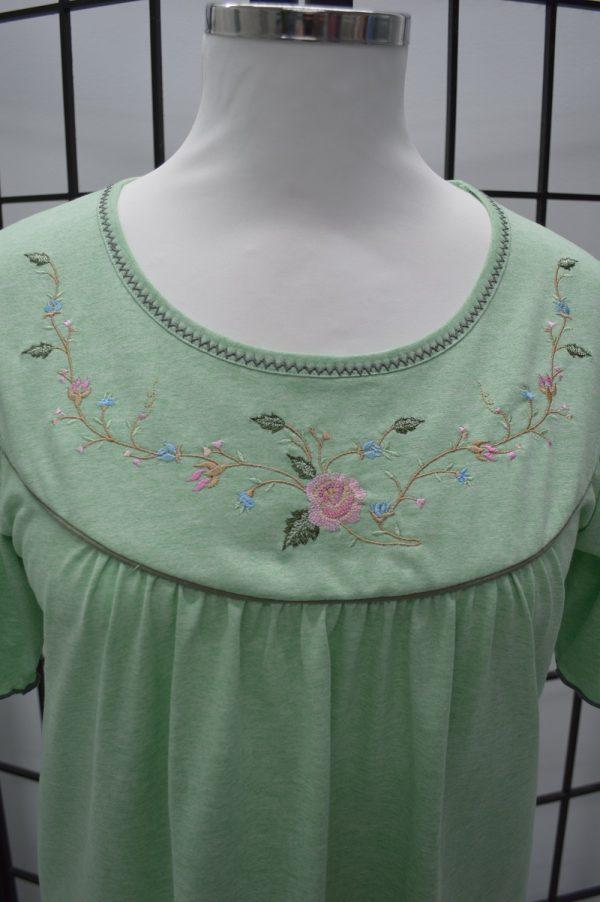 Camisa de dormir mangas borboletas bordado rosas, Oliva